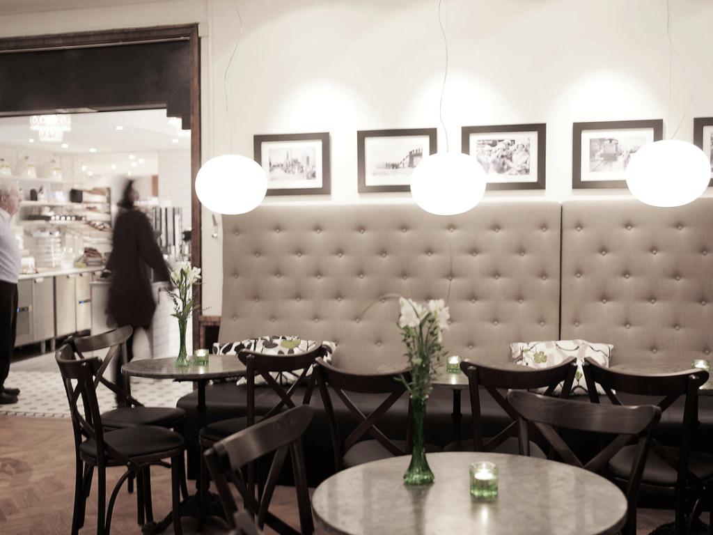 AZ Design restaurantmøbler