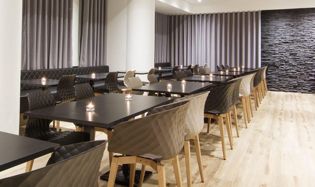Restaurantstoler høy kvalitet og mye på lager AZ Design